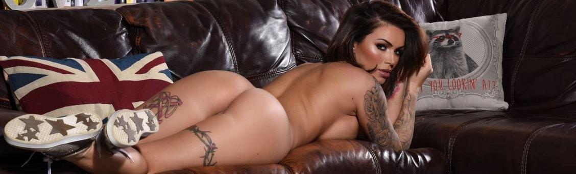 Gemma-Massey-nude-posing(10)